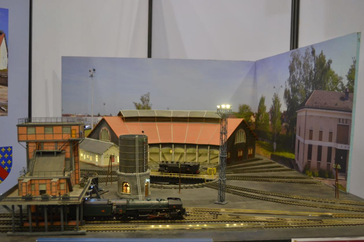 Maquette de la rotonde et du pont tournant du dépôt de Montluçon