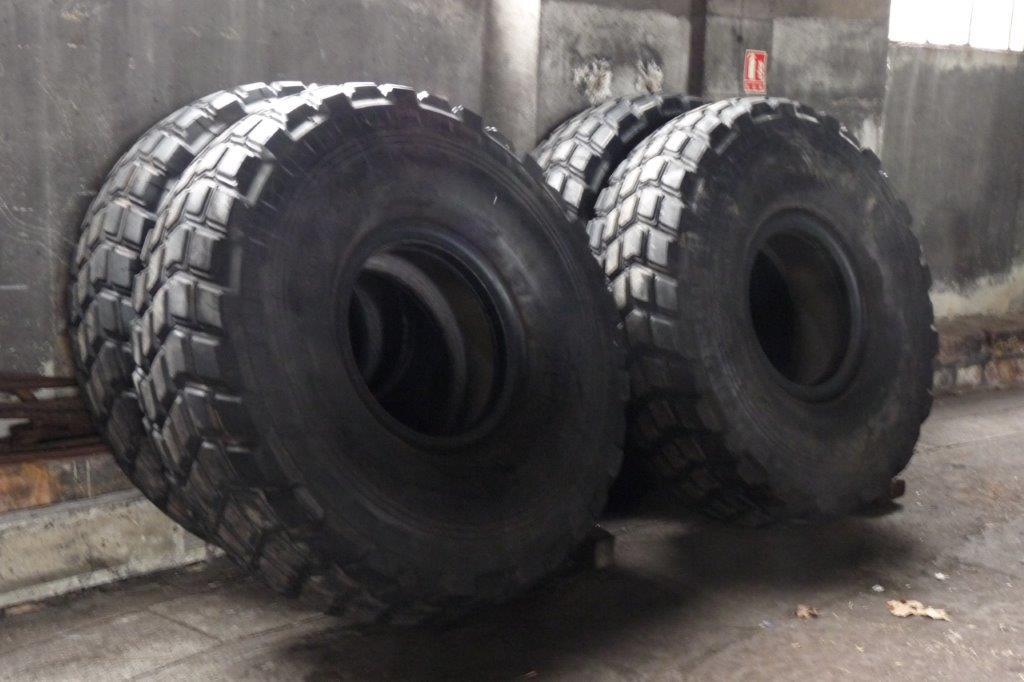 Les pneus sans les jantes